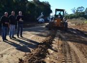 Cocal realiza operação de recuperação das estradas na Linha Tigre