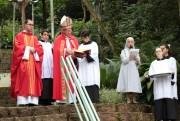 Bispo Don Jacinto preside missa do Domingo de Ramos