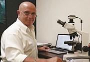 Médico fala sobre a cura do câncer por meio de ervas em Araranguá