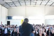 """""""Mais família, menos drogas"""" é tema de palestra em Içara"""