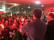 Murialdo e Sandro reúnem mais de mil pessoas em comício