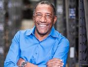 Fundador da JR Diesel conta como se reerguer na vida empreendedora