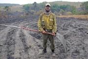 Brigadistas trabalham por até 24 horas seguidas para combater fogo na Chapada