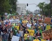 Manifesto em Criciúma em favor da Operação Lava Jato