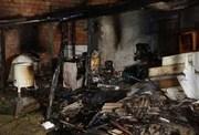 Bombeiros combatem incêndio em Balneário Rincão