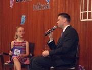 Alunos apresentam telejornal sobre direitos das crianças