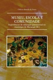 Maracajaense lança dois livros que discutem educação
