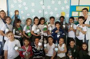 CEI Criança Cidadã de Siderópolis recebe cadeira de rodas