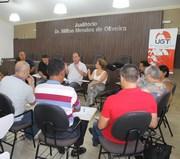 Fórum contra reforma previdenciária debate com deputada
