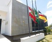 Câmara de Vereadores deixa bandeiras a meio mastro