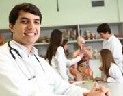 Curso de Medicina da Unesc recebe selo de excelência