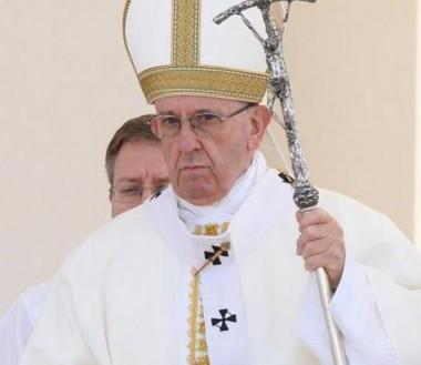 Papa Francisco diz que eutanásia é ilícita