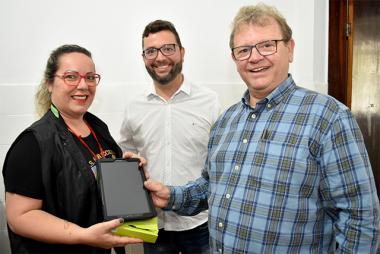 Vigilância Sanitária de Siderópolis recebe equipamento para agilidade dos serviços
