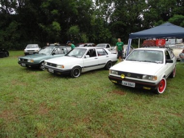 Balneário Rincão recebe encontro de carros antigos