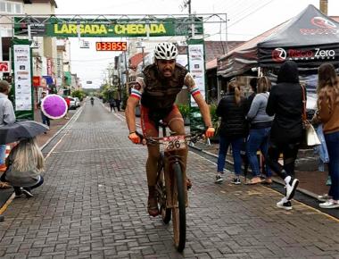 Após 60km percorridos, ciclista Sideropolitano conquista segundo lugar em competição