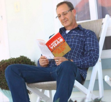"""Lançamento do livro """"A busca da visão"""" será nesta sexta-feira"""