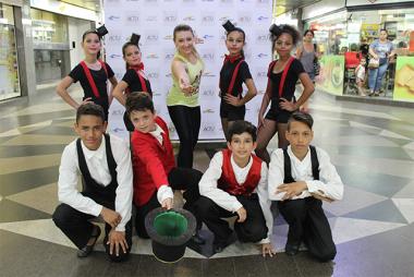 Coreografia destaque do Festival Dança Criciúma faz apresentação no Terminal Central