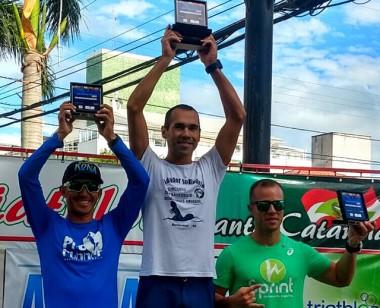 Rafael Alves conquista primeira medalha do ano em prova de Aquathlon