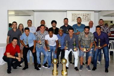 Melhores atletas da Taça Carvão Mineral são premiados