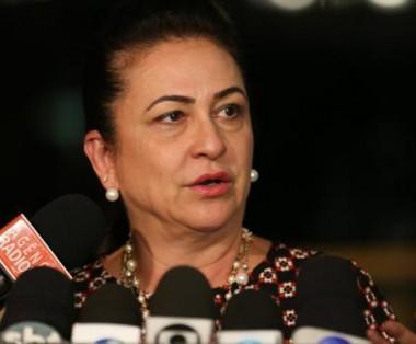 Afastamento de Kátia Abreu de funções partidárias é lido no Senado