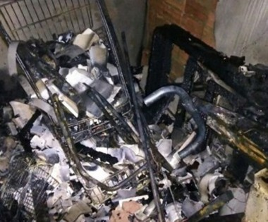 Incêndio destrói edícula nos fundos de residência em Criciúma