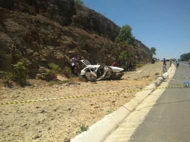 Adolescente morre em acidente na Via Rápida