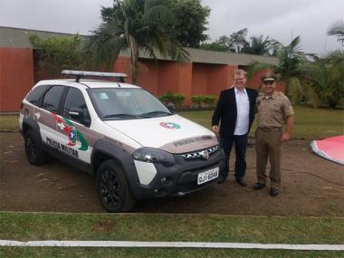 Siderópolis recebe uma nova viatura para a Polícia Militar
