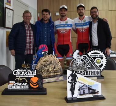 Atletas premiados agradecem apoio do Governo de Siderópolis