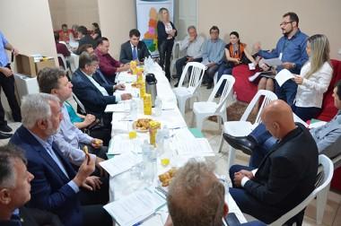 Prefeitos realizam reunião de assembleia geral durante a CocalFest