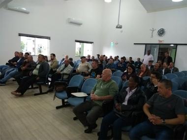 Representantes do movimento sindical catarinense emitem nota em Criciúma