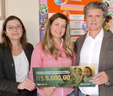 Unimed e Unicred doam R$ 10 mil para Fundação Joanna de Angelis