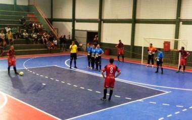Rodada do futsal de Maracajá tem média de seis gols por jogo