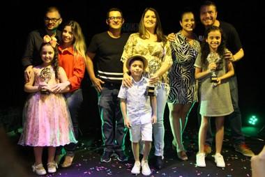 Talentos infantis são premiados em Criciúma