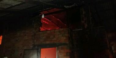 Estufa com fumo fica comprometida após incêndio em Rio dos Anjos