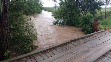 Chuvas na região: Defesa Civil de Içara está em alerta