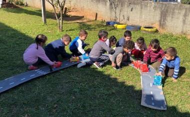Alunos do CEI Afasc Carlos Piazza estudam sobre preservação do meio ambiente