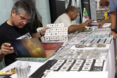 Shopping Della recebe primeiro encontro de colecionadores