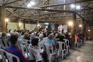 Palestras alertam idosos da Afasc sobre direitos e saúde