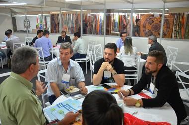 Sessão de Negócios do Sebrae promove integração entre o empresariado