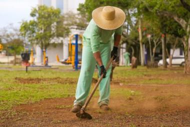 Ressocialização: Dez novos apenados integram equipe de limpeza em Içara