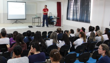 Colaboradores da saúde participam de treinamento de segurança