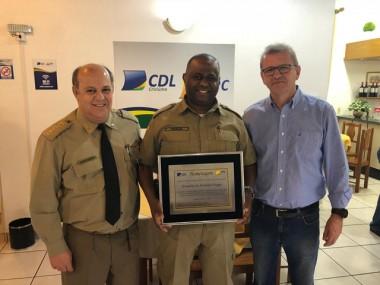 CDL de Criciúma presta homenagem ao Tenente Coronel Fraga