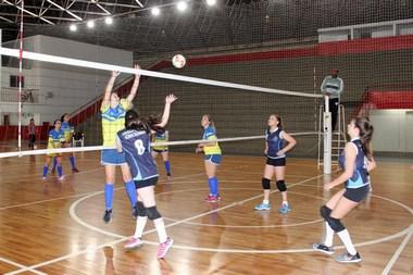 Jesc: Colégio São Bento é campeão do voleibol feminino