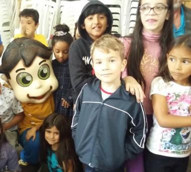 Festa em comemoração ao Dia das Crianças da Família Feliz