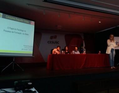 Psicologa do Criciúma participa de evento estadual