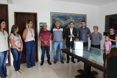 Agricultor de Garajuva ganha R$ 1 mil do programa Valoriza Maracajá