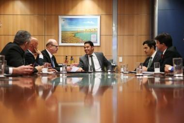 Custódio se reúne com ministro Marx Beltrão em Brasília
