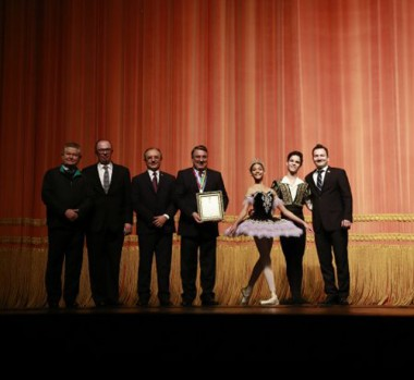 Colombo destaca a relevância e grandiosidade do Festival de Dança