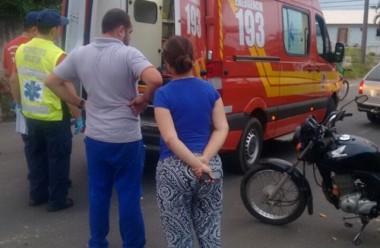 Atropelamento fere duas mulheres no bairro Jaqueline