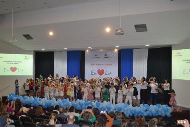 Crianças dão show na 18ª Mostra Cultural do Colégio Unesc